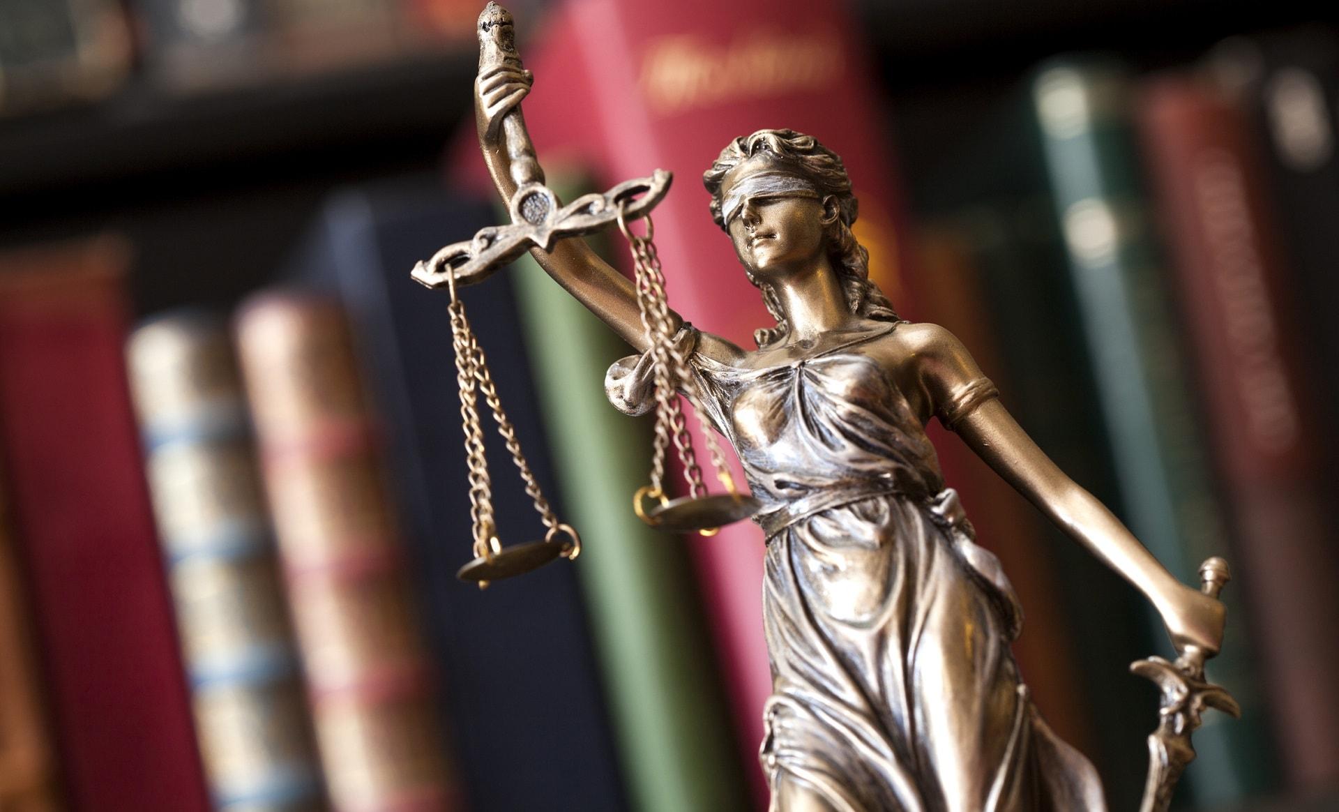 Statue der Gerechtigkeit
